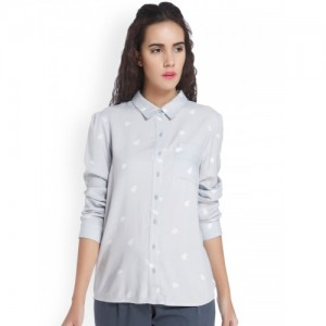 Vero Moda Women Grey Regular Fit Printed Casual Shirt