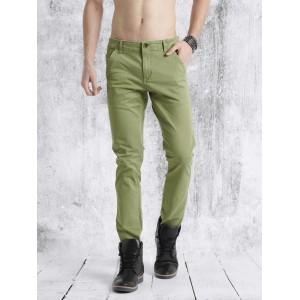 Roadster Men Green Regular Fit Solid Chinos