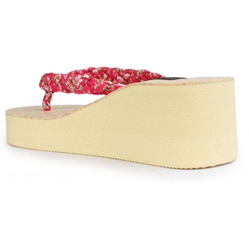 Shoetopia Women Red Rubber Slip-on Flip Flops