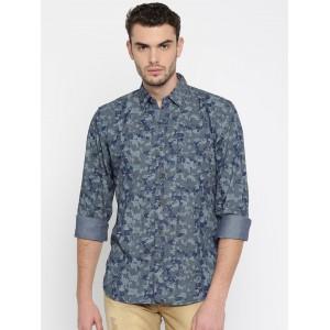 Wrangler Men Grey & Blue Regular Fit Printed Casual Shirt