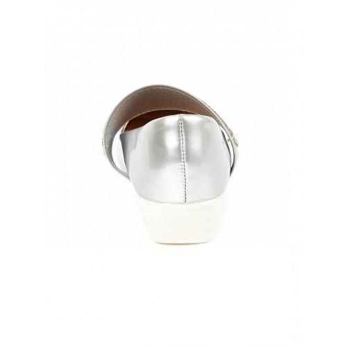 Walktrendy by Walkinlifestyle Silver-Toned Solid Pumps