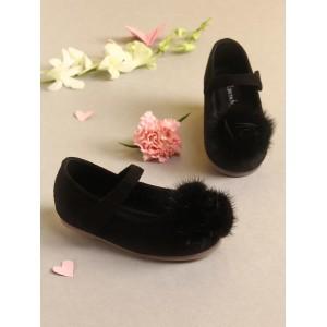 Walktrendy by Walkinlifestyle Black Solid Synthetic Ballerinas