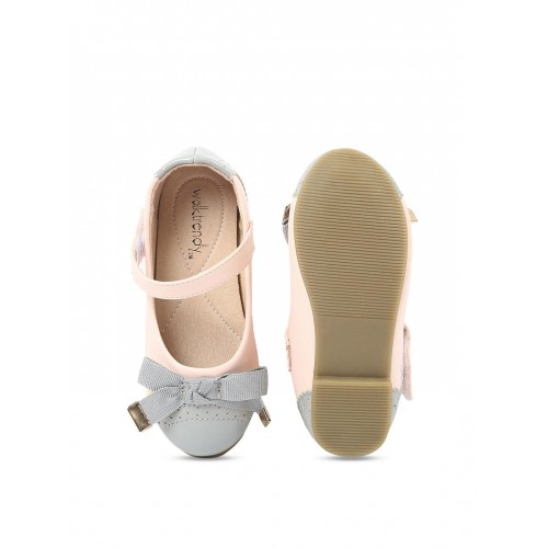 Walktrendy by Walkinlifestyle Baby Pink & Gray Solid Ballerinas