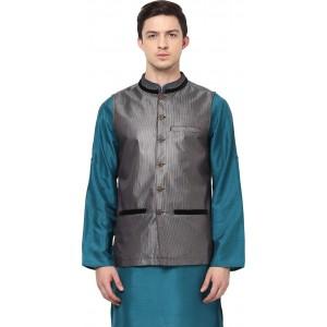 Yepme Sleeveless Solid Men's Jacket