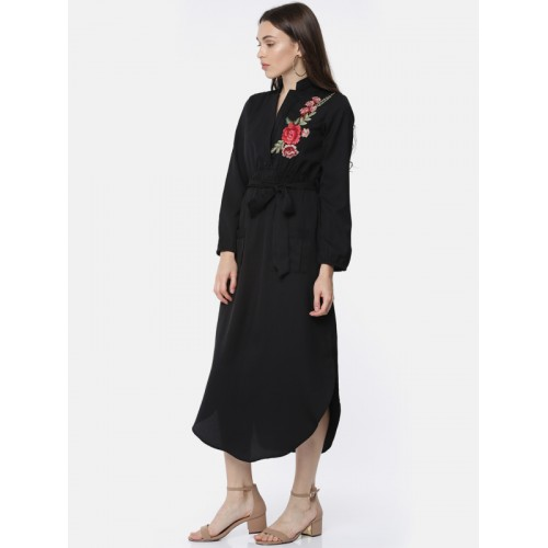 Sassafras Black Coloured Embroidered Asymmetric Dress