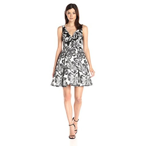 1c5777abd5 Buy Vera Wang Women s Jacquard Short Cocktail Dress online