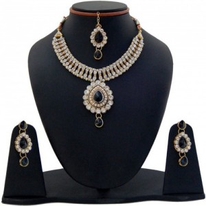 Jewels Guru Alloy Jewel Set