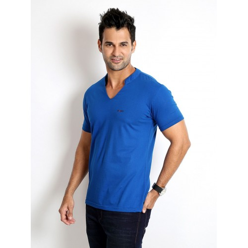 Rodid Solid Men's V-neck Blue T-Shirt