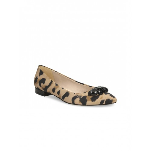 d9467dbf4bd Buy Clarks Women Beige   Brown Animal Print Leather Flat Shoes ...