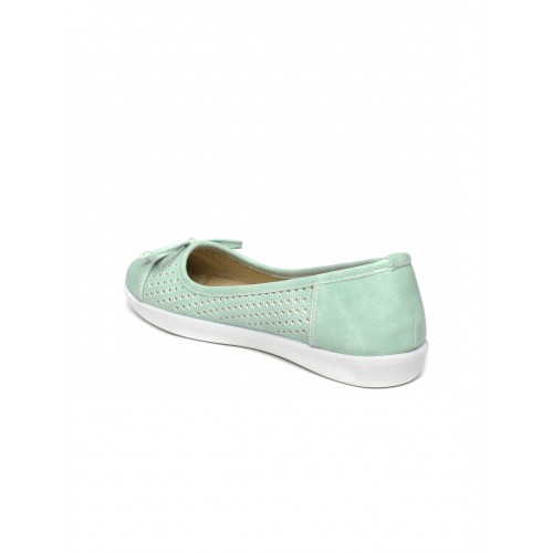 ... Tao Paris Women Green Laser-Cut Flat Shoes ...