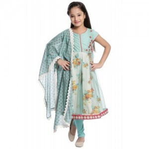 95e2400543a Buy latest Jabong online in India - Top Collection at LooksGud.in ...