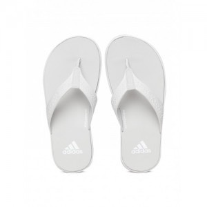 b6e71e1026d844 Buy latest Women s Slippers   Flipflops from Adidas online in India ...