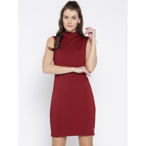 d6a83b865ca4 Buy U.S. Polo Assn. Women Women Red Solid Sheath Dress online ...