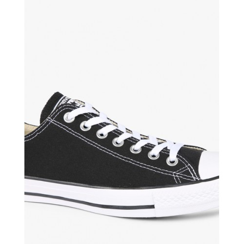 Converse Unisex Black Canvas Lace Up Sneakers