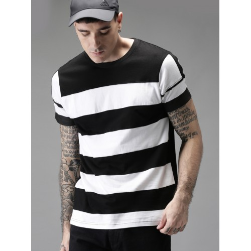 Moda Rapido Men Black & White Striped Round Neck T-shirt