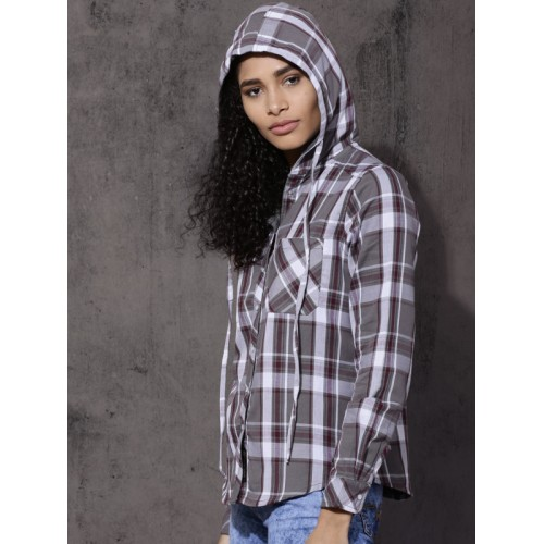 Roadster Women Grey & Maroon Regular Fit Checked Reversible hooded Casual Shirt