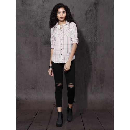 Roadster Women Off-White & Pink Regular Fit Checked Casual Shirt