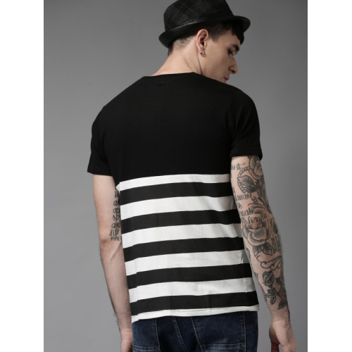HERE&NOW Men Black & White Striped Round Neck T-shirt