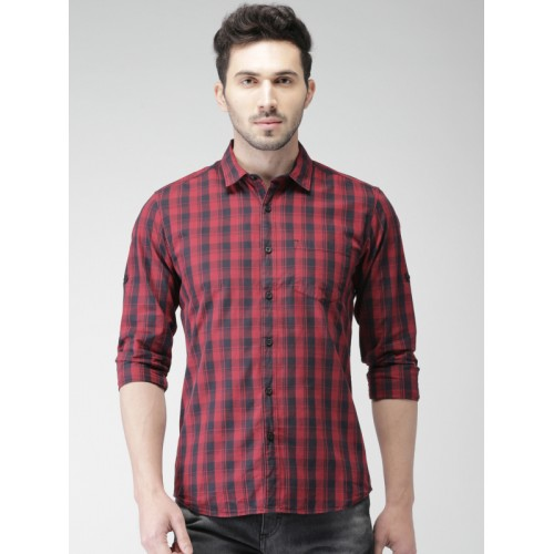 HIGHLANDER Men Navy & Red Slim Fit Checked Casual Shirt