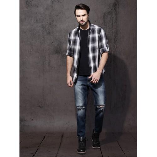 Roadster Men Black & Grey Regular Fit Shadow Checks Casual Shirt