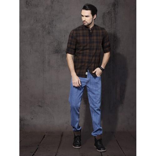 Roadster Men Brown & Black Slim Fit Checked Casual Shirt