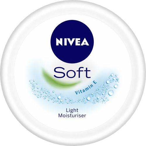 Nivea Soft Light Moisturiser(100 ml)