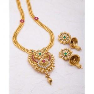 Voylla Necklace Set Graced With Sparkling Gems