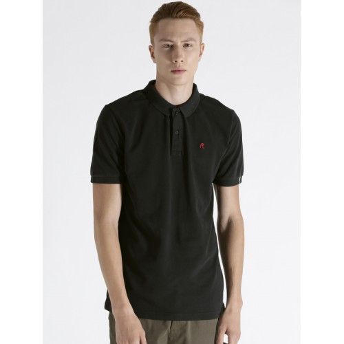 69c4da22dee0 Buy Replay Men Black Solid Polo Collar T-shirt online