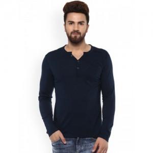 Mufti Men Navy Solid Henley Neck T-shirt