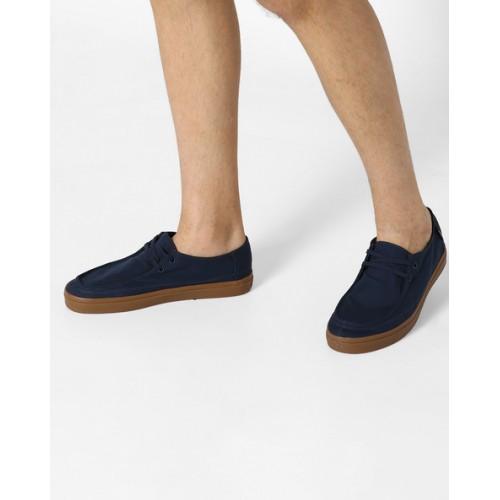 Buy Vans Rata Vulc SF Lace-Up Casual Shoes online  841b8effe9