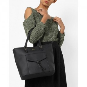 20Dresses Black Polyurethane Solid Shoulder Bag