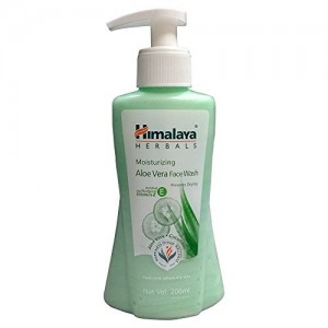 Himalaya Moisturizing Aloe Vera Face Wash, 200ml