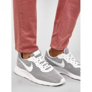 Nike Tanjun Grey Solid Sports shoes
