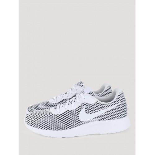 Tanjun Low-Top Sneakers