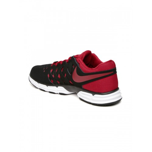 ... Nike Men Black LUNAR FINGERTRAP Training Shoes ...