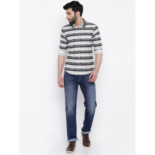 Pepe Jeans Men Black & Off-White Slim Fit Striped Casual Shirt