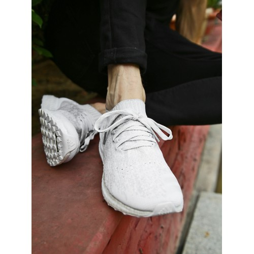 90ec81a06731f Buy Adidas Men White   Grey ULTRABOOST UNCAGED Running Shoes online ...