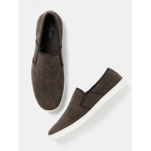 ... Roadster Men Brown Casual Shoes ...