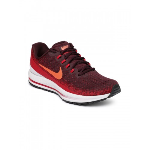03abb216141 Buy Nike Air Zoom Vomero 13 Maroon Running Shoes online ...