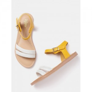 Roadster White Synthetic Flats Sandals