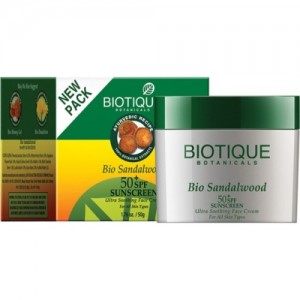 Biotique Bio Sandalwood Sunscreen - SPF 50 PA+