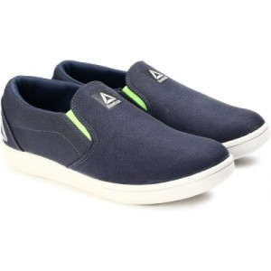 211c284794aa Buy latest Men s Casual Shoes from Reebok online in India - Top ...