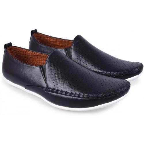 Andrew Scott Black Round Toe Slip on Loafers