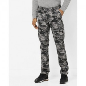 The Indian Garage Co Camouflage Print Cargo Pants