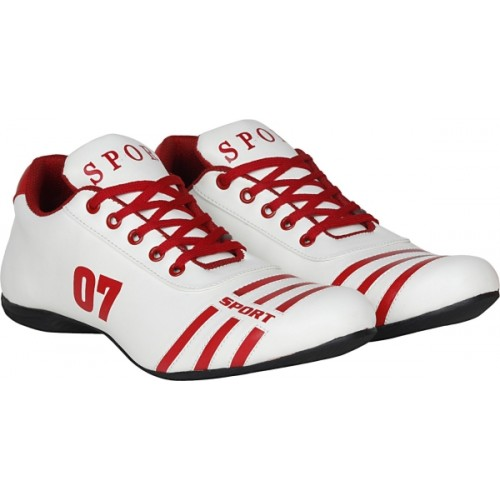 Kraasa Sports 07 White Football Shoes For Men