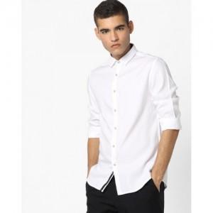 AJIO Slim Fit Shirt with Curved Hemline