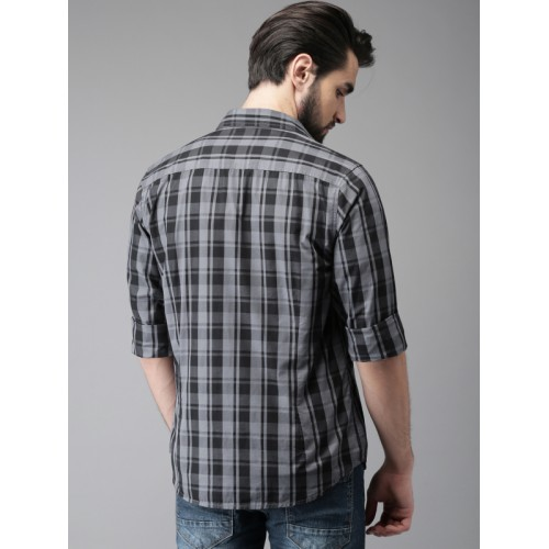 HERE&NOW Men Grey & Black Regular Fit Checked Casual Shirt
