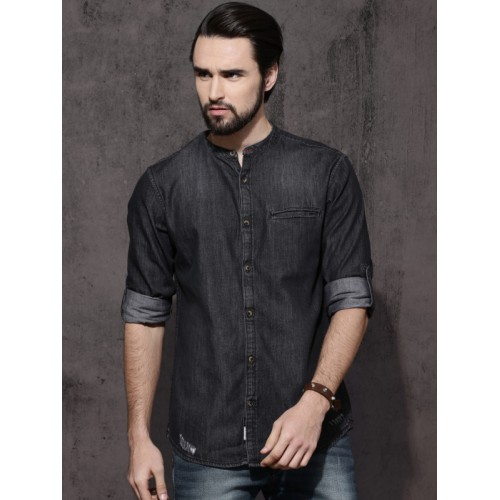 b5320b85c Buy Roadster Men Black Regular Fit Faded Denim Casual Shirt online ...