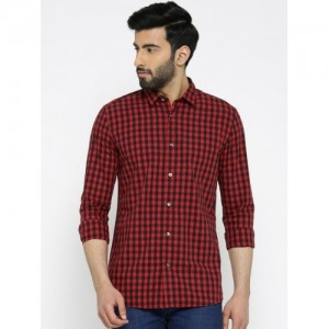 Blackberrys Men Black & Red Trim Fit Checked Casual Shirt