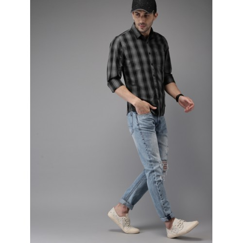 HERE&NOW Men Black & Grey Regular Fit Checked Casual Shirt